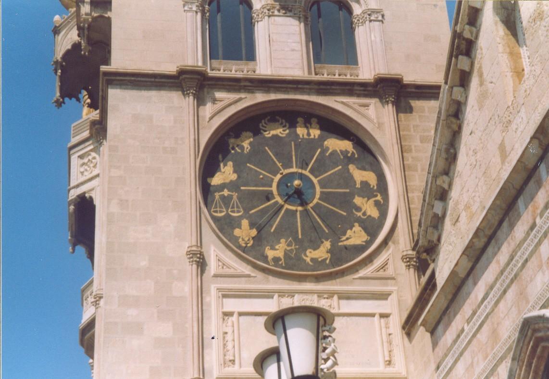 orologio 12 case a Messina