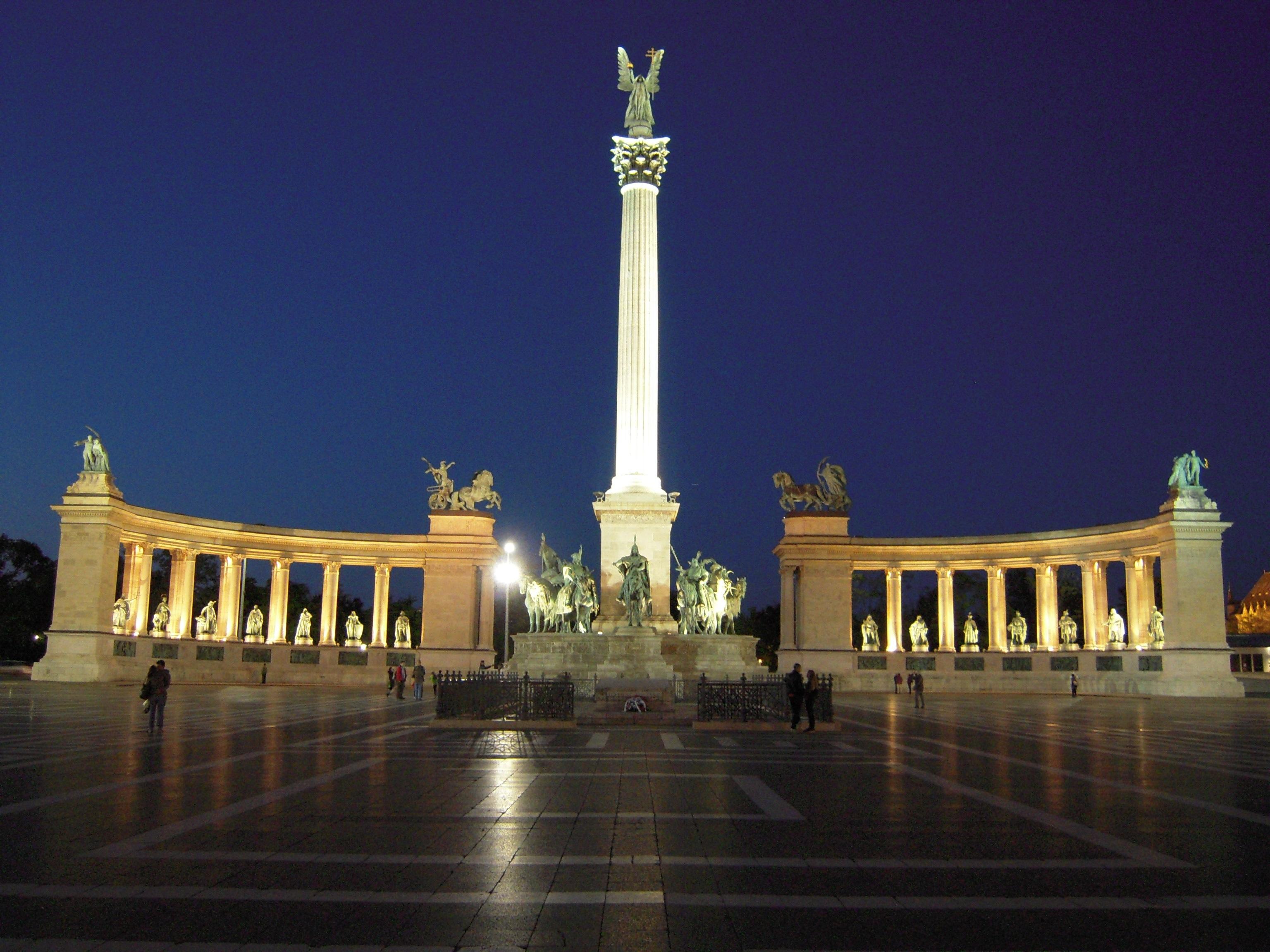 monumento millenario